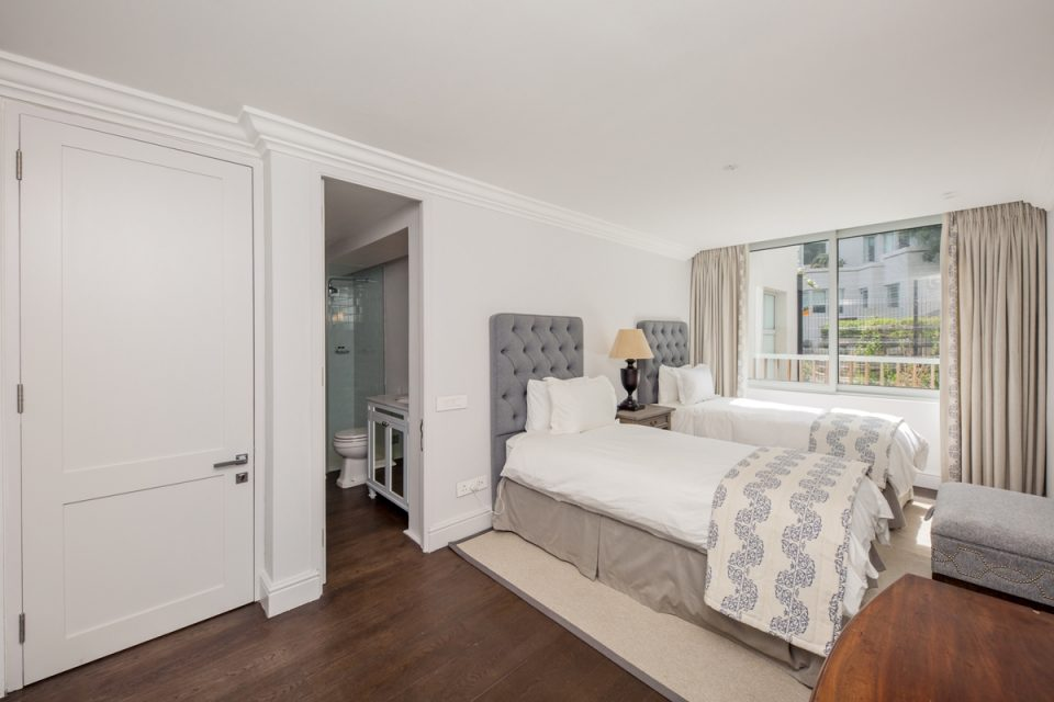 Caliche - Third bedroom