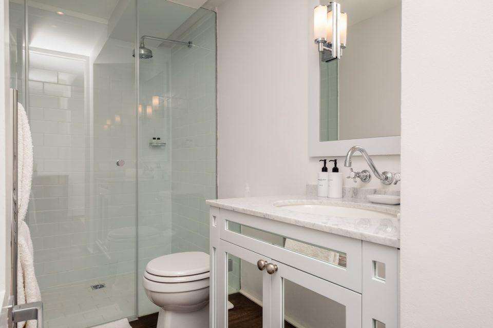 Caliche - Third bathroom