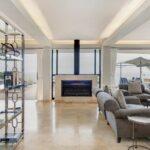 Wescamp Villa - Indooor Fireplace