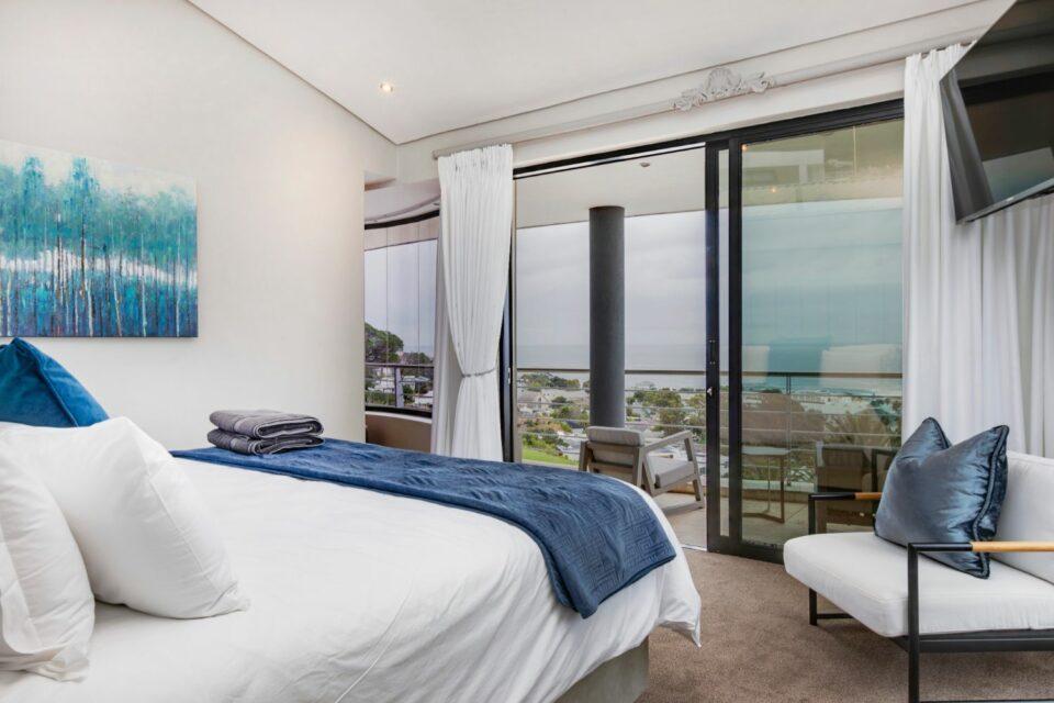 Wescamp Villa - Master Bedroom