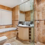 The Heron - Dedicated bathroom