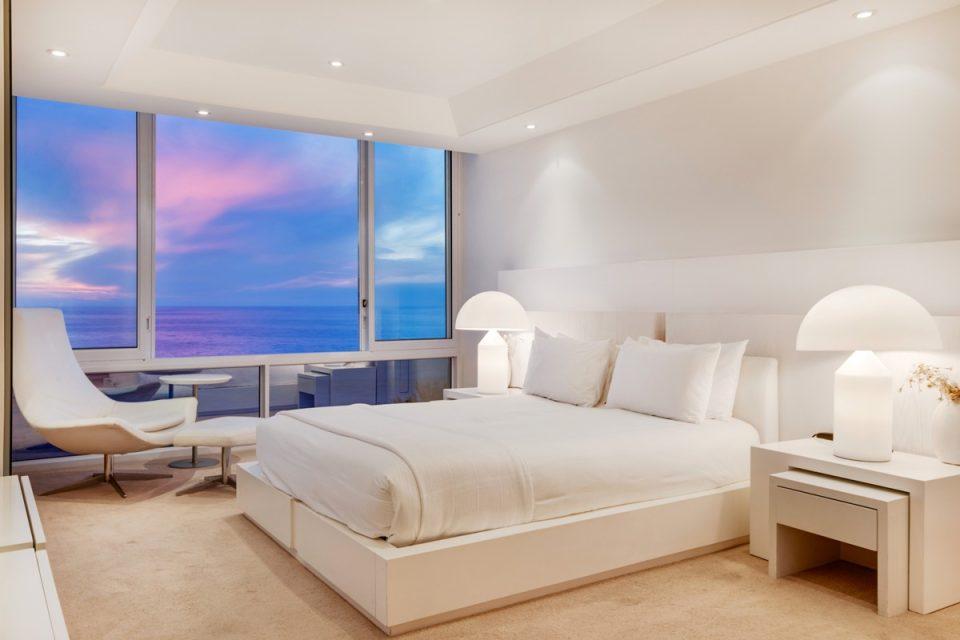 The Heron - Master bedroom