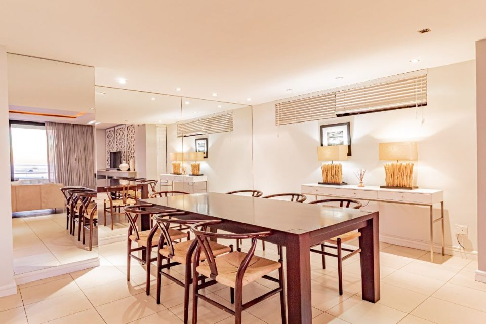 17 Geneva Drive - Indoor dining
