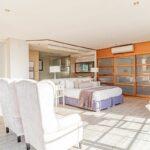 17 Geneva Drive - Master bedroom living area