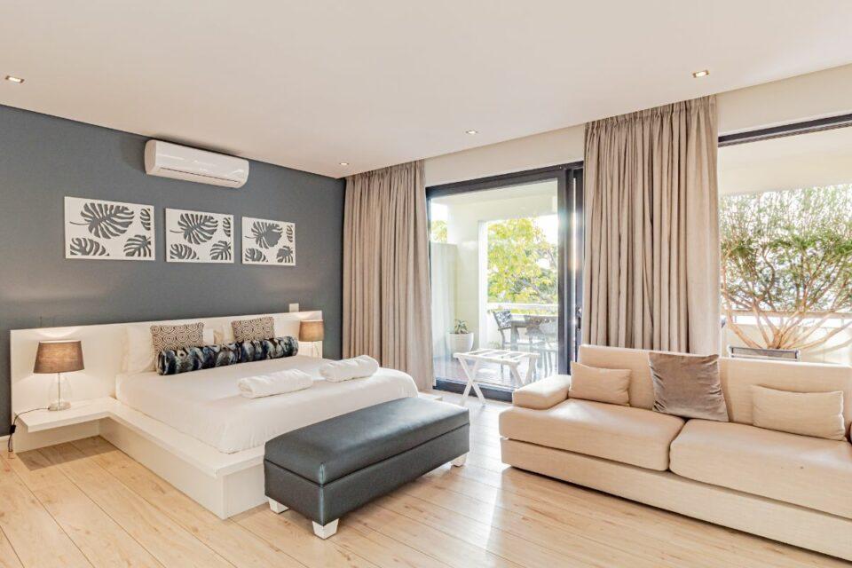 17 Geneva Drive - Second bedroom