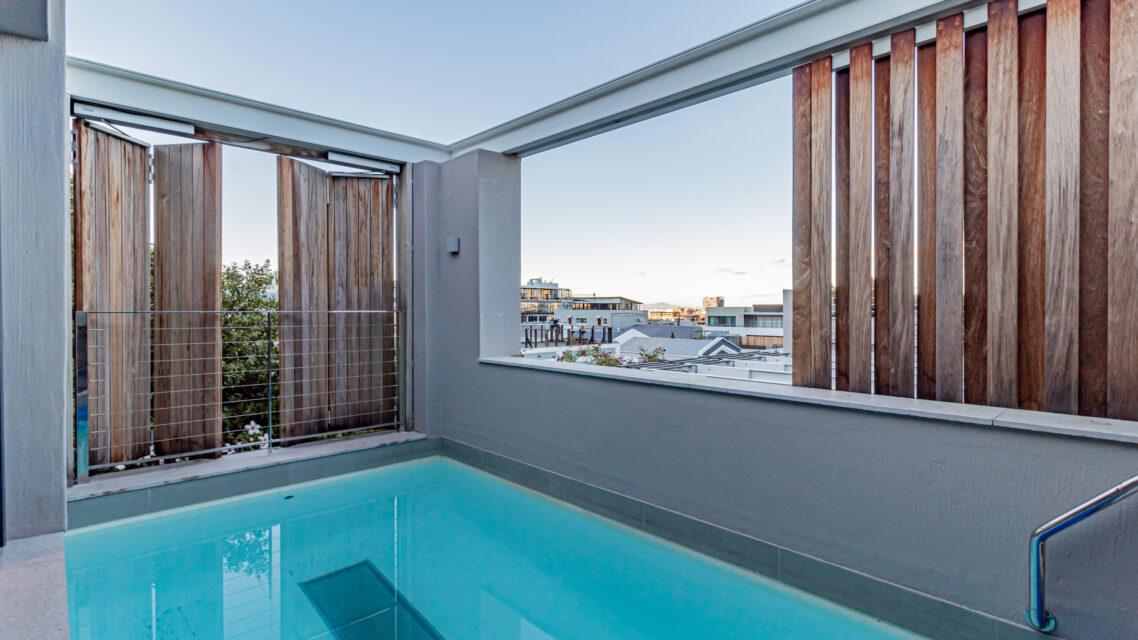 53 Napier - Private Pool Views