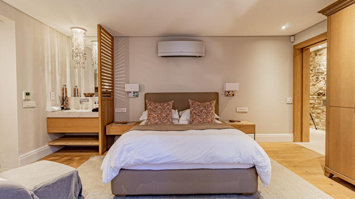 53 Napier - Third Bedroom En-suite