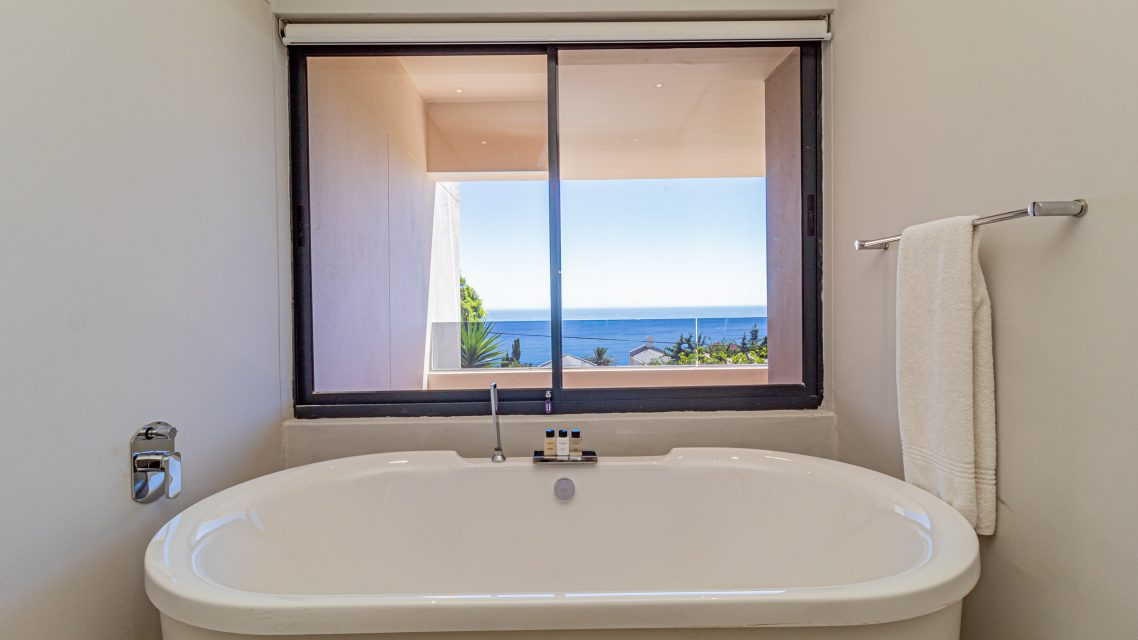 Casablanca - Bath Views