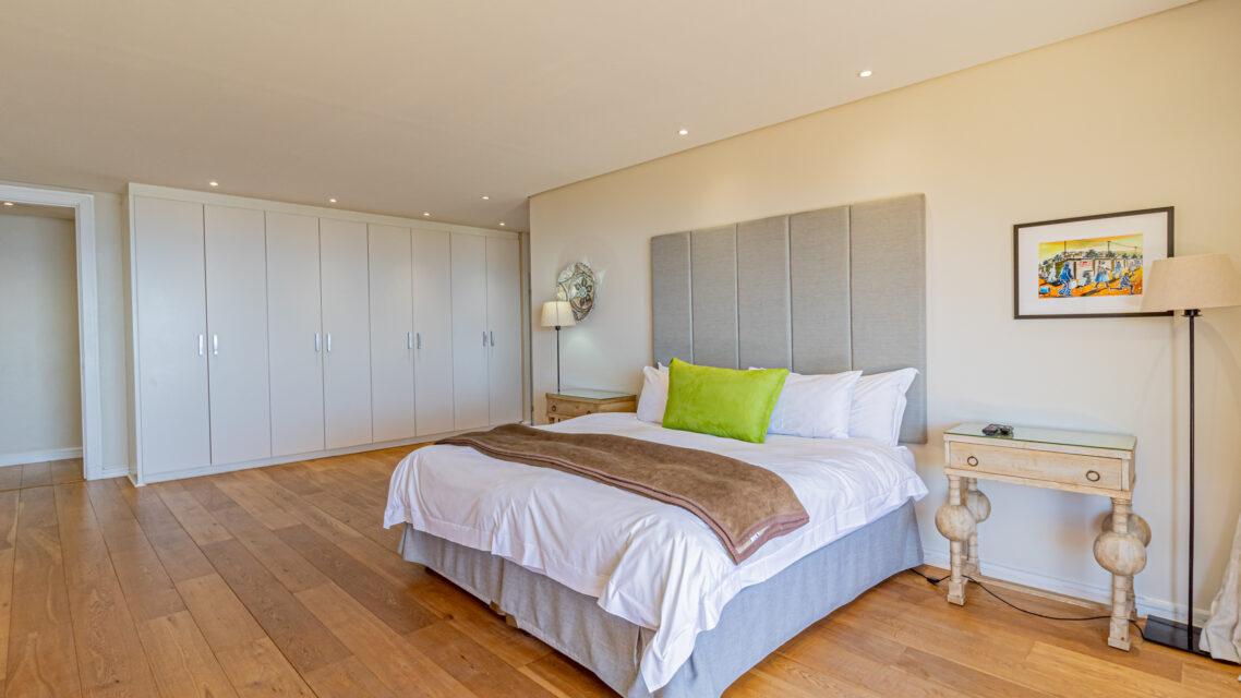 Casablanca - Master Bedroom