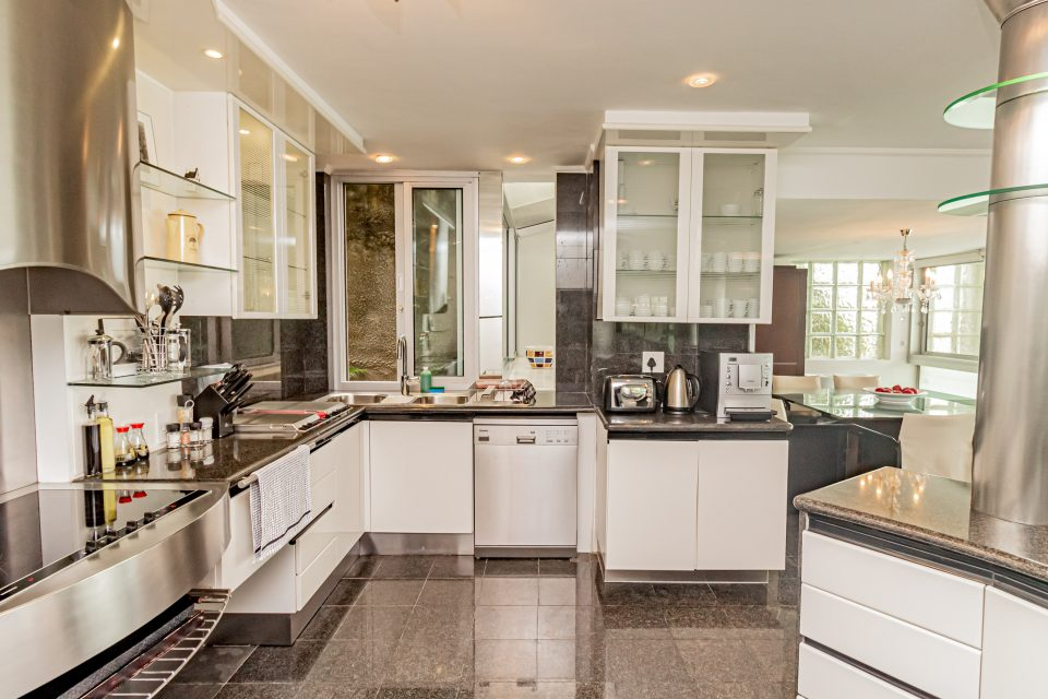 Clifton Rocks - Equipped kitchen