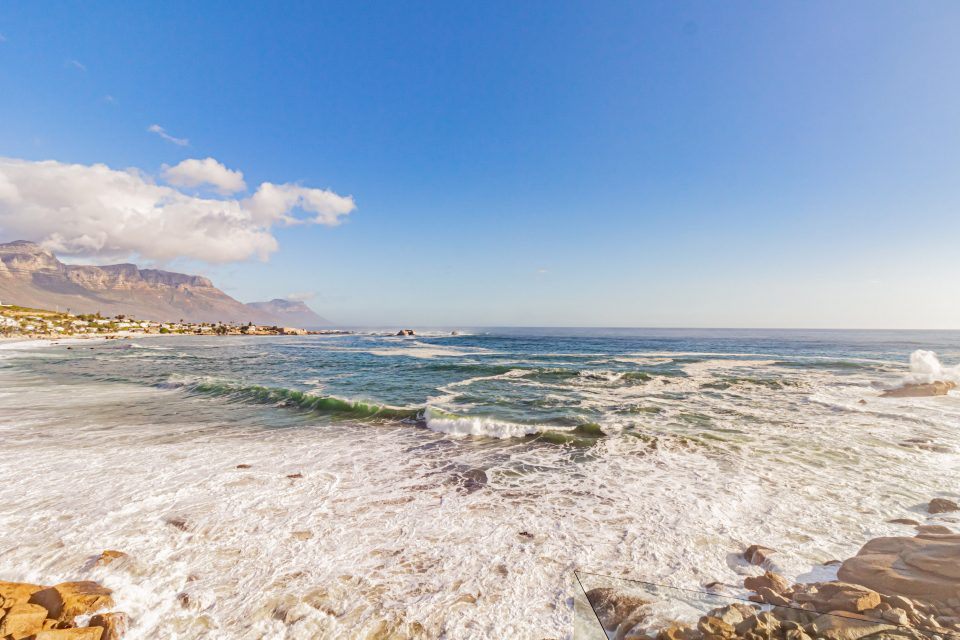 Clifton Rocks - Sea Views