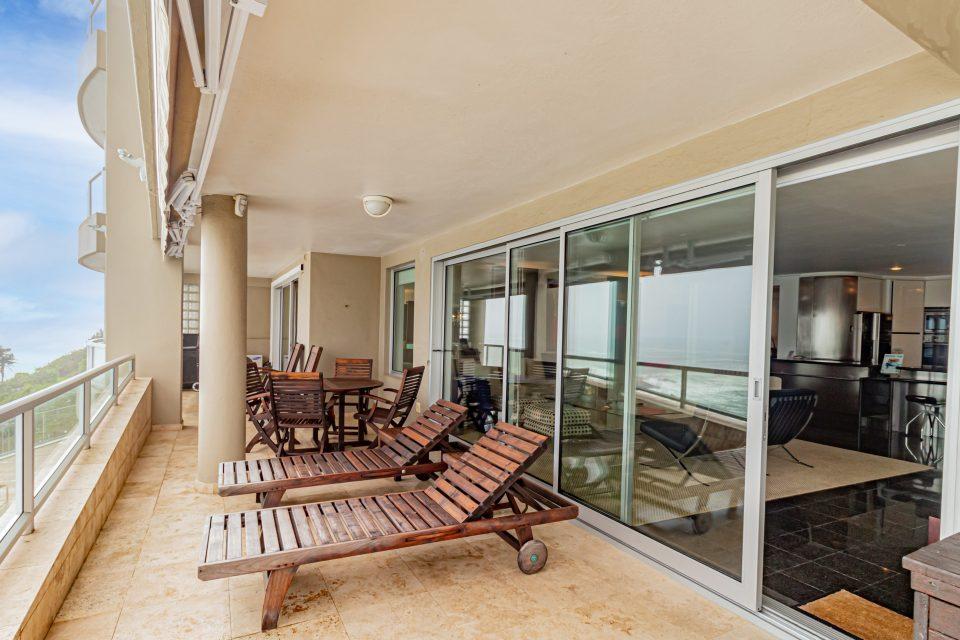 Clifton Rocks - Sun loungers