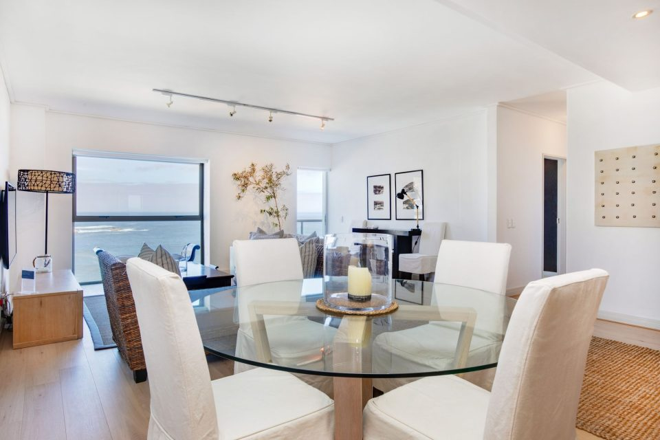 Dunmore Apartment - Dining for 4