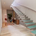Hamaya - Floating Staircase
