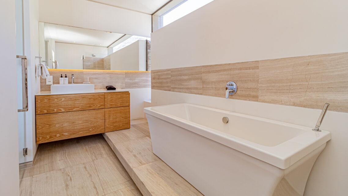 Hamaya - Upstairs Bedroom En-suite