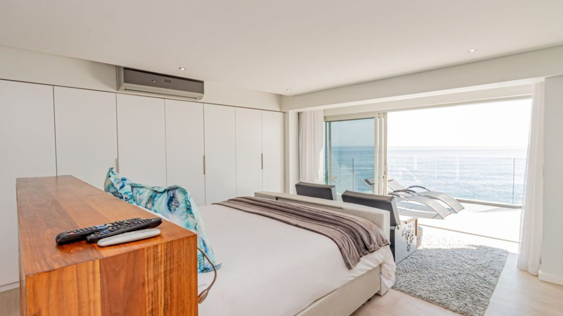 Houghton Penthouse - Master Bedroom Views