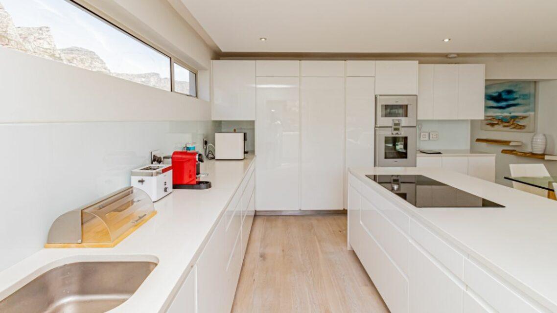 Houghton Penthouse - Open Plan Kitchen