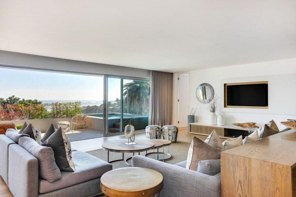 Lillamton - Lounge with TV