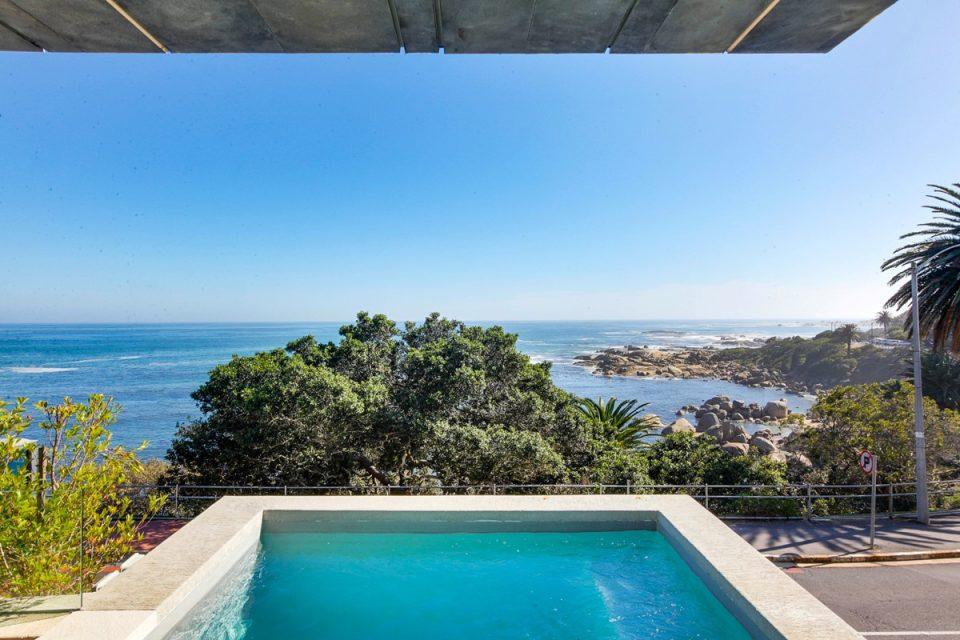 Lillamton - Pool Views