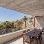 Onyx - Balcony with Views