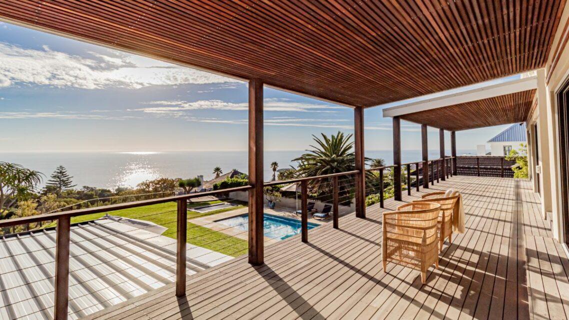 Riomar - Upstairs Balcony