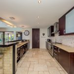 Roc Manor - Fully Equipped Kitchen