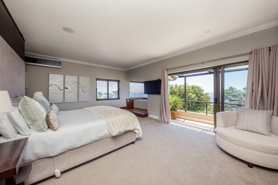 Roc Manor - Master Bedroom Views