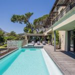 Roc Manor - Pool Views