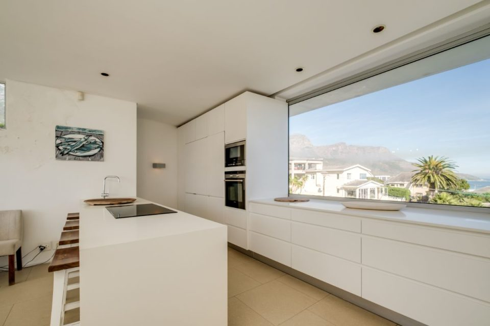 Silvertree - Kitchen Views