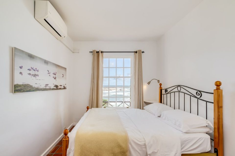 Camps Bay Terrace Palm Suite - Second Bedroom