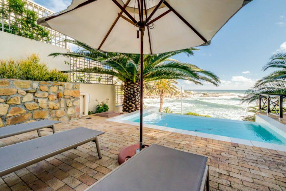 Camps Bay Terrace Palm Suite - Sun Loungers