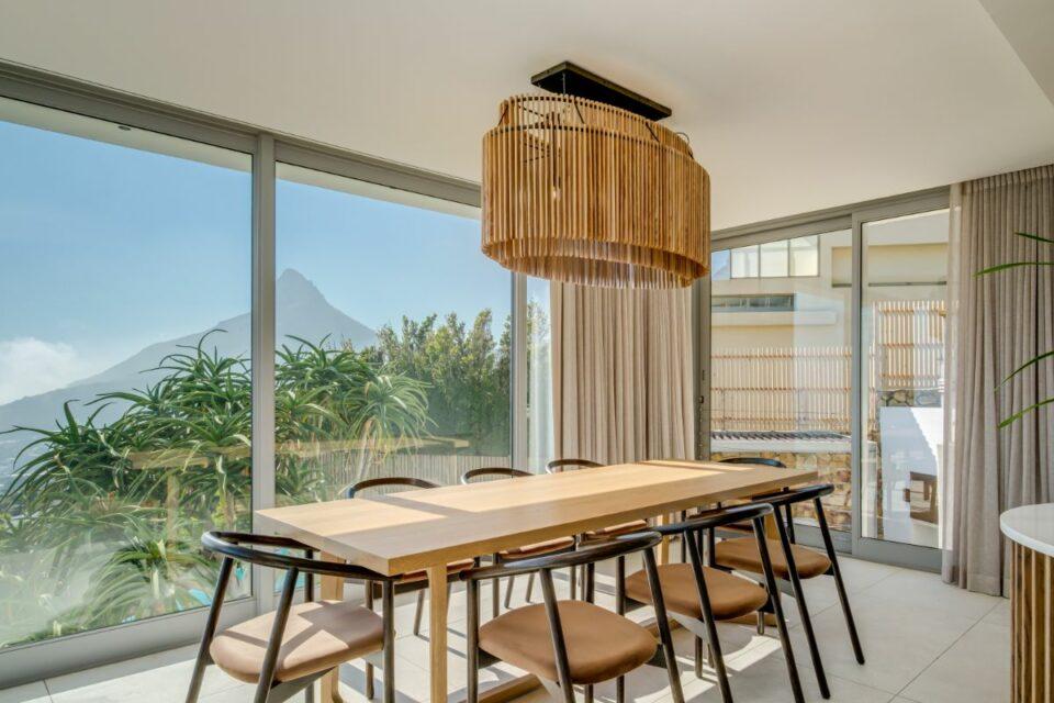 Mavambo - Dining with Views