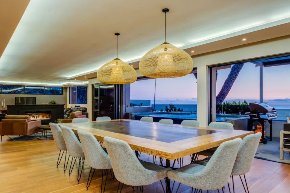 Ocean Pearl - Dining Table for 12