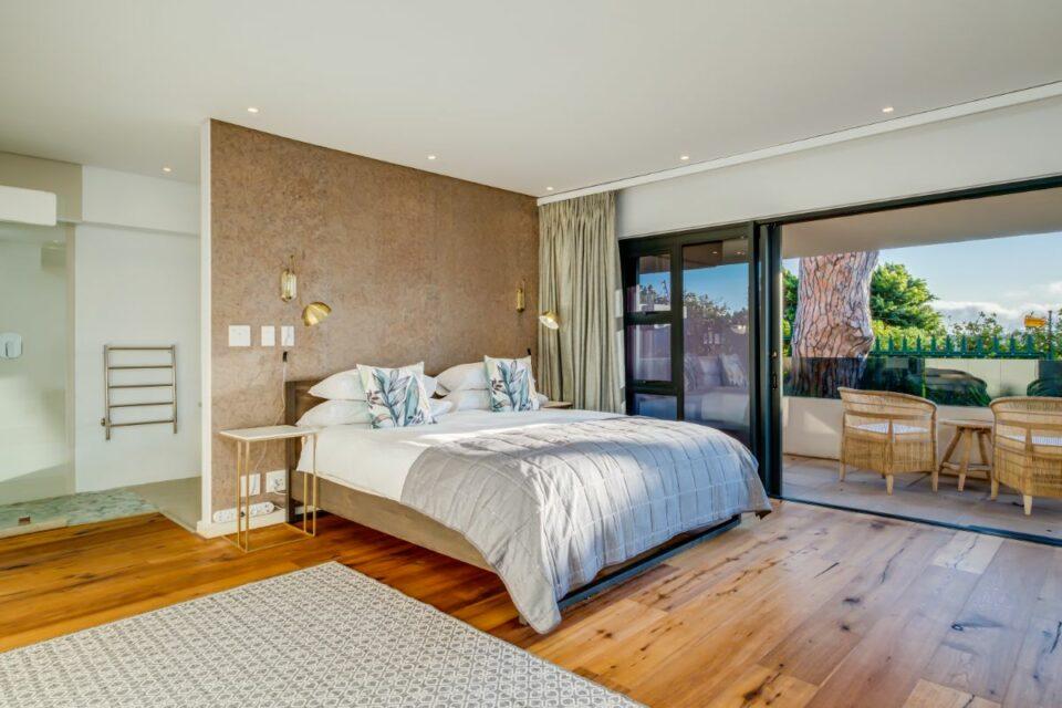 Ocean Pearl - Master Bedroom
