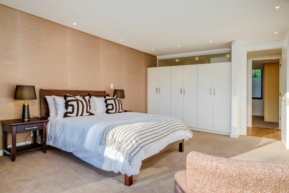 Ocean Pearl - Spacious Second Bedroom