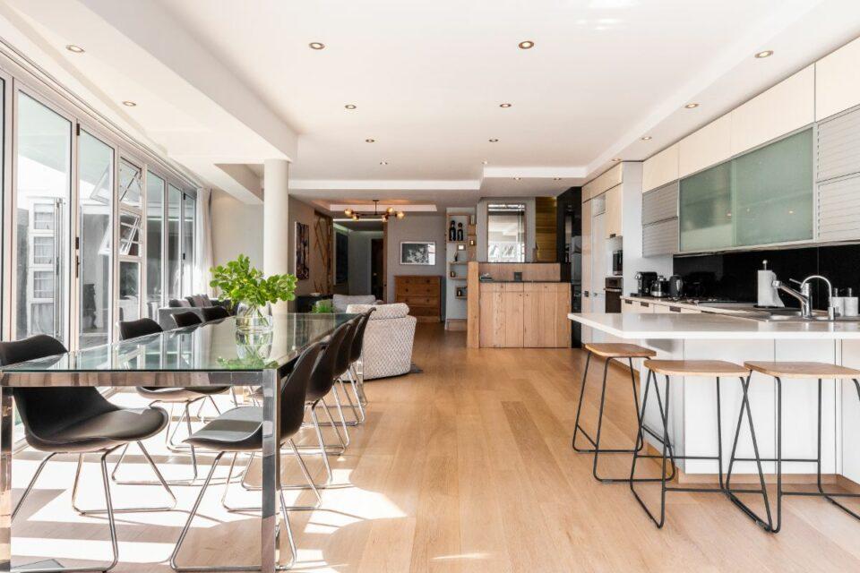 Paloma Apartment - Open Plan Living