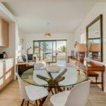Sundowner Views - Dining Table