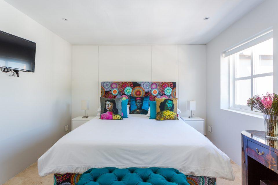 210 DWP - Main bedroom