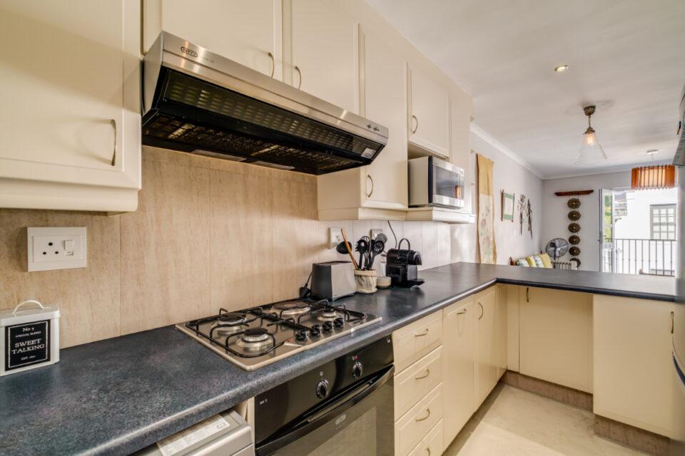 Eastern Views - Kitchen