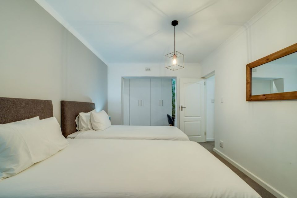 House of M - Twin Bedroom