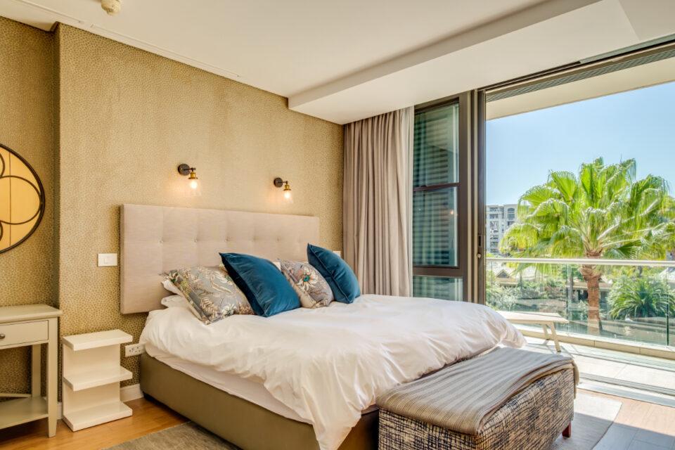 Juliette 308 - Master bedroom with views