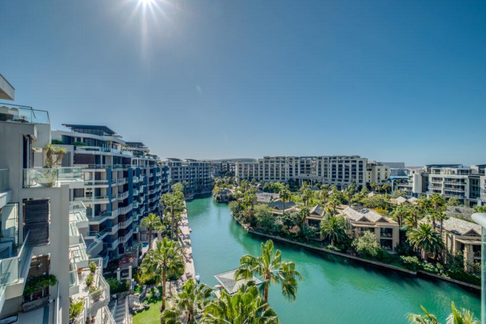 Juliette 606 - Canal views