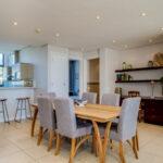 Juliette 606 - Dining and kitchen