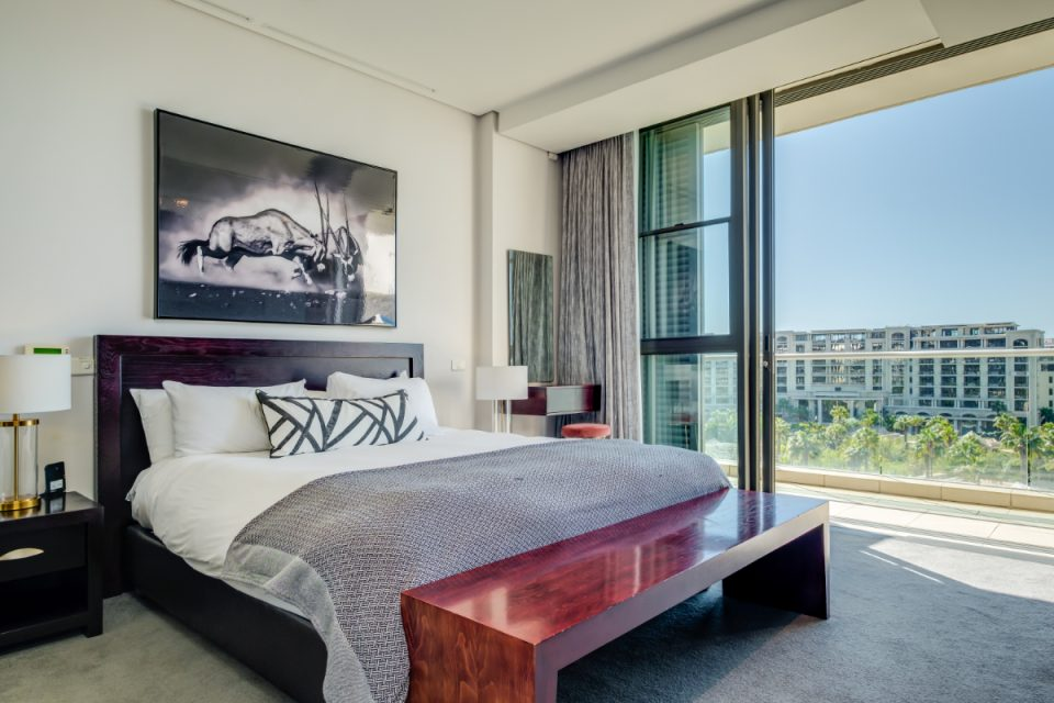 Juliette 606 - Master bed with views
