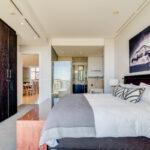 Juliette 606 - Master bedroom with en-suite