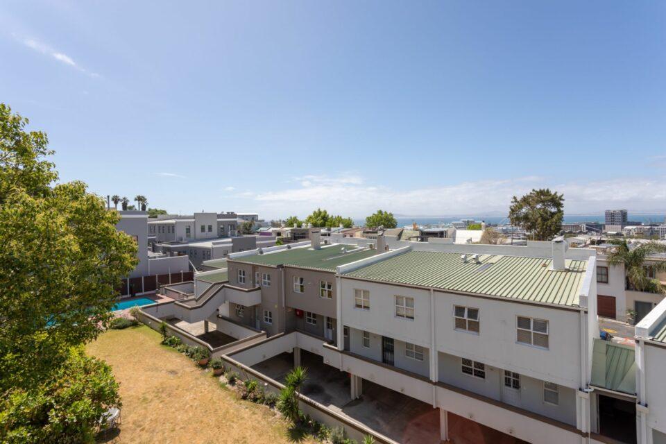 207 DWP - Expansive City Views