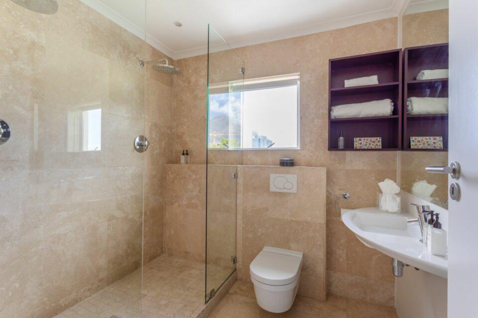 207 DWP - Second Bathroom