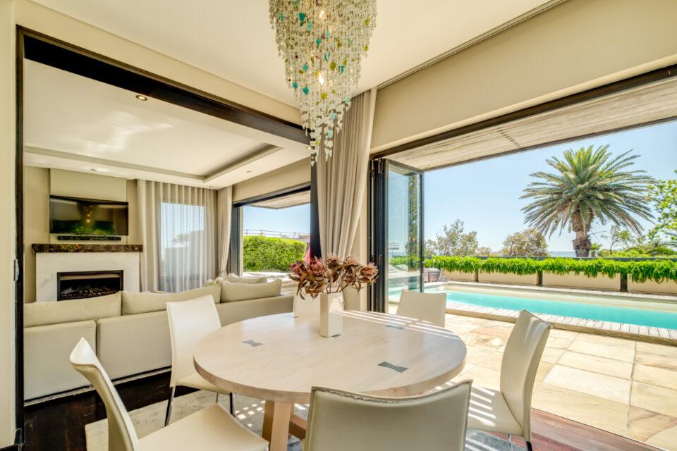 Bayon House - Dining