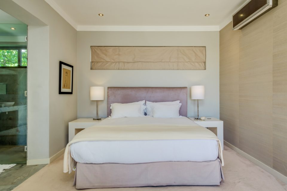 Bayon House - Master bedroom