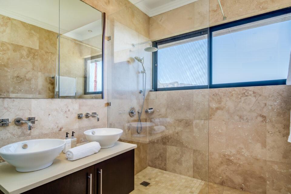 Bayon House - Third bathroom
